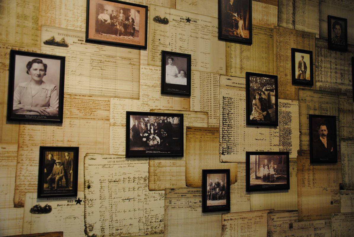 Red Line Star Museum AntwerpenFoto 5