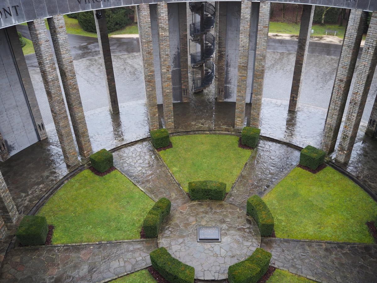 Mardasson Memorial Bastogne BastenakenP2100185