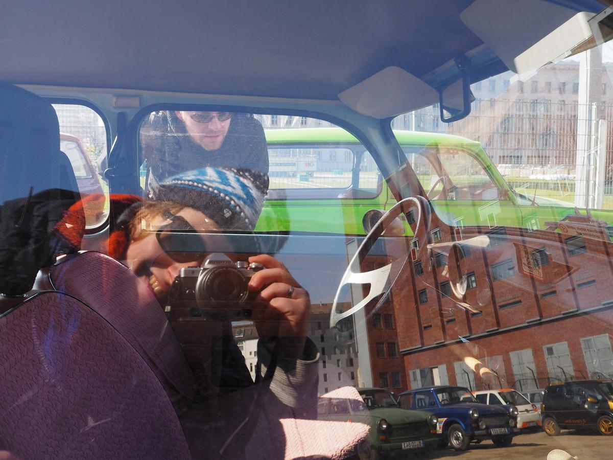 Trabant rijden Safari BerlijnP3140230