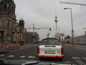 Trabant rijden Safari BerlijnP3140299