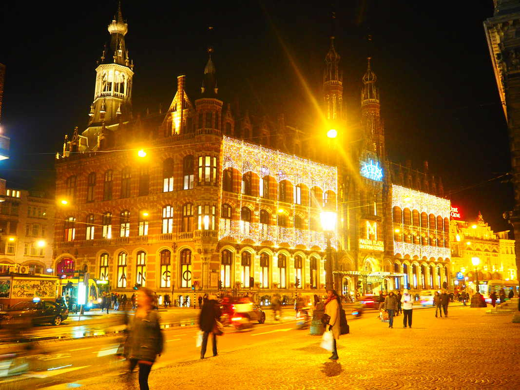 Amsterdam by night PB033940